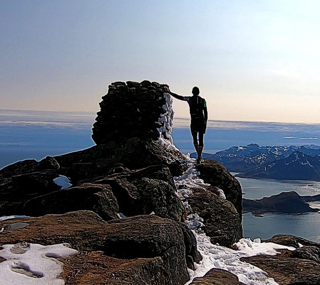 Himmeltind - Lofoten islands (Norway)